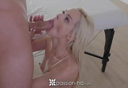 Caiu na net sexo loira vadia fodendo gostoso