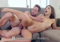 Sexoporno namorada gostosa transando com seu parceiro
