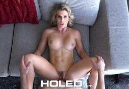 Linda loira modelo em cenas de sexo anal